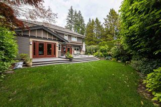 Photo 2: 2571 NEWMARKET Drive in North Vancouver: Edgemont House for sale : MLS®# R2460587