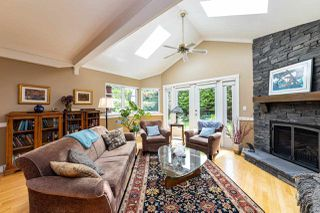 Photo 6: 2571 NEWMARKET Drive in North Vancouver: Edgemont House for sale : MLS®# R2460587