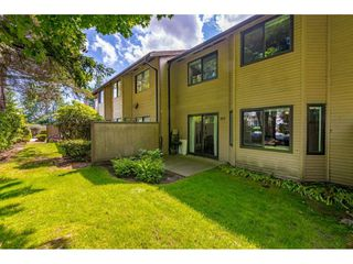 """Photo 18: 103 7349 140 Street in Surrey: East Newton Townhouse for sale in """"Newton Park"""" : MLS®# R2464654"""