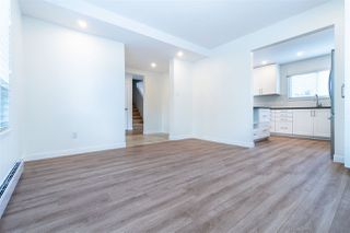 """Photo 3: 12 8631 NO 3 Road in Richmond: Broadmoor Townhouse for sale in """"Empress Court"""" : MLS®# R2465590"""