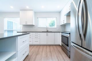 """Photo 4: 12 8631 NO 3 Road in Richmond: Broadmoor Townhouse for sale in """"Empress Court"""" : MLS®# R2465590"""