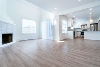 """Photo 1: 12 8631 NO 3 Road in Richmond: Broadmoor Townhouse for sale in """"Empress Court"""" : MLS®# R2465590"""