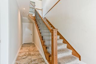 Photo 4: 32996 EGGLESTONE Avenue in Mission: Mission BC House for sale : MLS®# R2474927