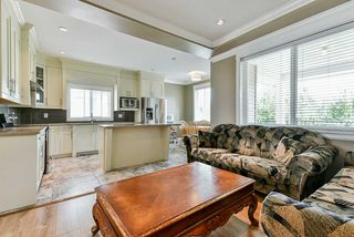 Photo 11: 32996 EGGLESTONE Avenue in Mission: Mission BC House for sale : MLS®# R2474927