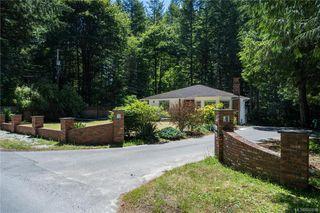 Photo 1: 2816/2820 Sooke River Rd in Sooke: Sk Sooke River House for sale : MLS®# 842818