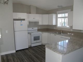 Photo 2: 12 62780 FLOOD HOPE Road in Hope: Hope Center Manufactured Home for sale : MLS®# R2492306
