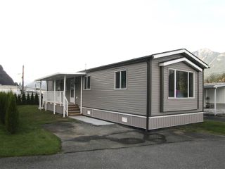 Main Photo: 12 62780 FLOOD HOPE Road in Hope: Hope Center Manufactured Home for sale : MLS®# R2492306