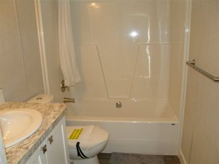 Photo 9: 12 62780 FLOOD HOPE Road in Hope: Hope Center Manufactured Home for sale : MLS®# R2492306