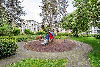 "Photo 17: 602 4759 VALLEY Drive in Vancouver: Quilchena Condo for sale in ""MARGUERITE HOUSE II"" (Vancouver West)  : MLS®# R2499555"