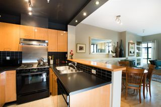 "Photo 9: 301 2268 REDBUD Lane in Vancouver: Kitsilano Condo for sale in ""Ansonia"" (Vancouver West)  : MLS®# R2509552"