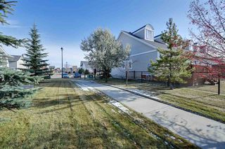 Photo 6: 4338 VETERANS Way in Edmonton: Zone 27 Townhouse for sale : MLS®# E4219331