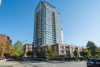"Photo 1: 2705 550 TAYLOR Street in Vancouver: Downtown VW Condo for sale in ""Taylor"" (Vancouver West)  : MLS®# R2518173"