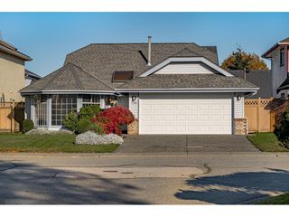 Photo 2: 6355 DAWN Drive in Delta: Holly House for sale (Ladner)  : MLS®# R2524961