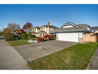 Photo 4: 6355 DAWN Drive in Delta: Holly House for sale (Ladner)  : MLS®# R2524961