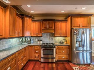 Photo 11: 240 Caledonia Ave in : Na Central Nanaimo Quadruplex for sale (Nanaimo)  : MLS®# 862419