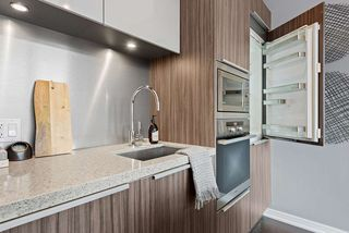 """Photo 11: 509 123 W 1ST Avenue in Vancouver: False Creek Condo for sale in """"COMPASS"""" (Vancouver West)  : MLS®# R2527848"""