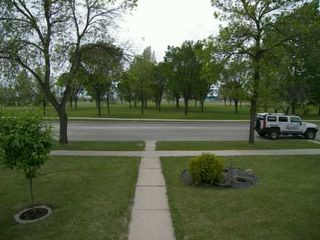 Photo 8: 537 NATHANIEL Street in Winnipeg: Fort Rouge / Crescentwood / Riverview Single Family Detached for sale (South Winnipeg)  : MLS®# 2608488