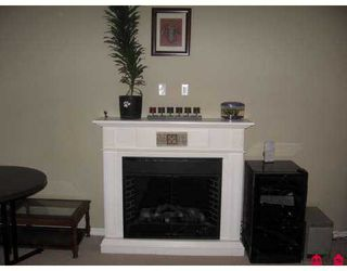 "Photo 3: 102 2581 LANGDON Street in Abbotsford: Abbotsford West Condo for sale in ""COBBLESTONE"" : MLS®# F2715419"