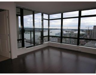 """Photo 3: 1403 610 Victoria Street in New_Westminster: Downtown NW Condo for sale in """"""""THE POINT"""""""" (New Westminster)  : MLS®# V662959"""