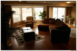 Photo 9: 16 1130 Riverside AVE in Sicamous: Waterfront House for sale : MLS®# 10039741