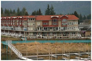 Photo 4: 16 1130 Riverside AVE in Sicamous: Waterfront House for sale : MLS®# 10039741