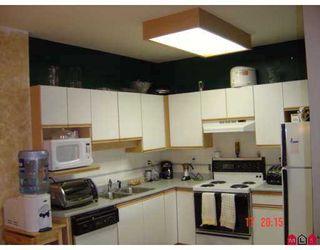 "Photo 3: 210 13918 72ND Avenue in Surrey: East Newton Condo for sale in ""Tudor Park"" : MLS®# F2721452"