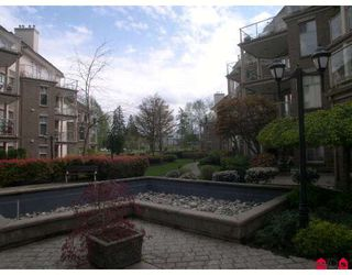 "Photo 2: 207 15340 19A Avenue in Surrey: King George Corridor Condo for sale in ""Stratford Gardens"" (South Surrey White Rock)  : MLS®# F2812266"