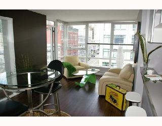 "Photo 3: 808 928 BEATTY Street in Vancouver: Downtown VW Condo for sale in ""The Max"" (Vancouver West)  : MLS®# V714659"