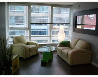 "Photo 2: 808 928 BEATTY Street in Vancouver: Downtown VW Condo for sale in ""The Max"" (Vancouver West)  : MLS®# V714659"