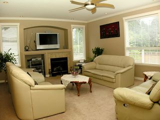 Photo 4: 2888 Buffer Crescent: House for sale
