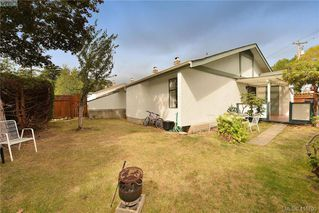 Photo 12: 1 4140 Interurban Road in VICTORIA: SW Strawberry Vale Row/Townhouse for sale (Saanich West)  : MLS®# 415705