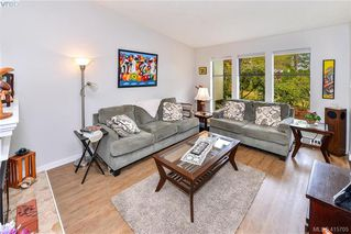 Photo 8: 1 4140 Interurban Road in VICTORIA: SW Strawberry Vale Row/Townhouse for sale (Saanich West)  : MLS®# 415705