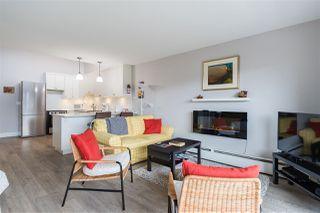 """Photo 9: 313 3875 W 4TH Avenue in Vancouver: Point Grey Condo for sale in """"LANDMARK JERICHO"""" (Vancouver West)  : MLS®# R2468177"""