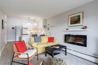 """Photo 10: 313 3875 W 4TH Avenue in Vancouver: Point Grey Condo for sale in """"LANDMARK JERICHO"""" (Vancouver West)  : MLS®# R2468177"""