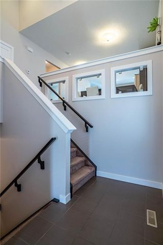 Photo 5: 56 EVANSFIELD Place NW in Calgary: Evanston Detached for sale : MLS®# C4303315