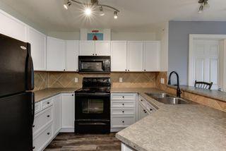 Photo 3: 405 15211 139 Street in Edmonton: Zone 27 Condo for sale : MLS®# E4205758