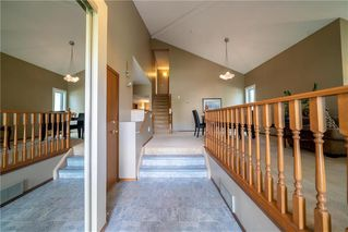 Photo 2: 46 EGLINTON Crescent in Winnipeg: Whyte Ridge Residential for sale (1P)  : MLS®# 202021791