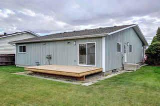 Photo 42: 25 STIRLING Road in Edmonton: Zone 27 House for sale : MLS®# E4215828