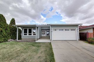 Photo 3: 25 STIRLING Road in Edmonton: Zone 27 House for sale : MLS®# E4215828