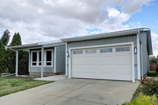 Photo 2: 25 STIRLING Road in Edmonton: Zone 27 House for sale : MLS®# E4215828