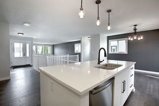 Photo 8: 25 STIRLING Road in Edmonton: Zone 27 House for sale : MLS®# E4215828