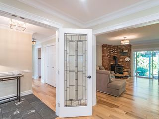 Photo 4: 579 Eaglecrest Dr in : PQ Qualicum Beach House for sale (Parksville/Qualicum)  : MLS®# 860496