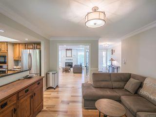 Photo 11: 579 Eaglecrest Dr in : PQ Qualicum Beach House for sale (Parksville/Qualicum)  : MLS®# 860496