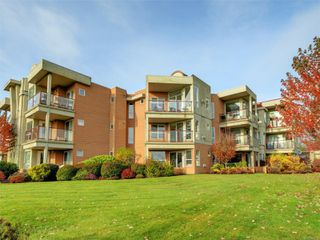Main Photo: 206 6585 Country Rd in : Sk Sooke Vill Core Condo for sale (Sooke)  : MLS®# 860684