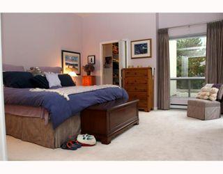 """Photo 7: 29 1100 56TH Street in Tsawwassen: Tsawwassen East Townhouse for sale in """"ROYAL OAKS"""" : MLS®# V794541"""