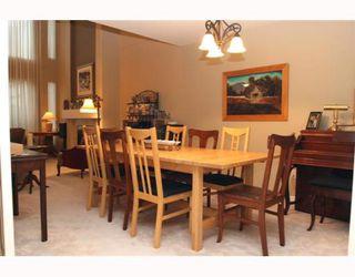 """Photo 4: 29 1100 56TH Street in Tsawwassen: Tsawwassen East Townhouse for sale in """"ROYAL OAKS"""" : MLS®# V794541"""