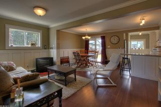 Photo 3: 643 Christleton Avenue in Kelowna: Other for sale : MLS®# 10025081