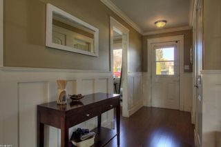 Photo 2: 643 Christleton Avenue in Kelowna: Other for sale : MLS®# 10025081