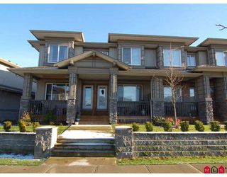 """Photo 1: 151 18701 66TH Avenue in Surrey: Cloverdale BC Townhouse for sale in """"THE ENCORE AT HILLCREST"""" (Cloverdale)  : MLS®# F2730547"""