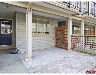 "Photo 9: 24 5388 201A Street in Langley: Langley City Townhouse for sale in ""THE COURTYARD"" : MLS®# F2812450"